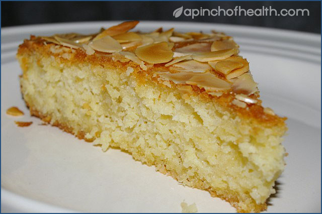 Low Carb Buttery Almond and Coconut Cake - Cakes, Muffins and ...